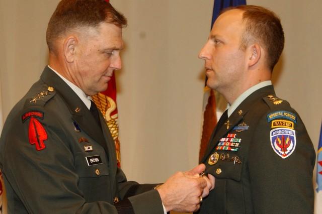 Afghanistan SF leader gets first DSC since Vietnam