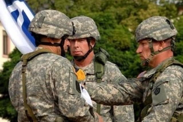 Sanchez relinquishes command of V Corps