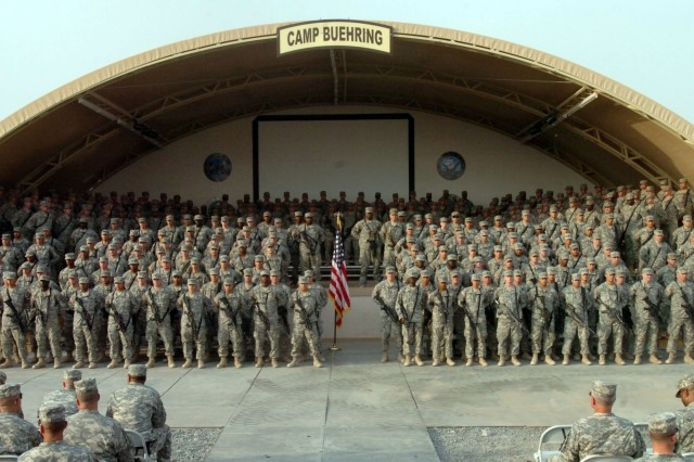 More than 300 Soldiers reenlist in record breaking ceremony
