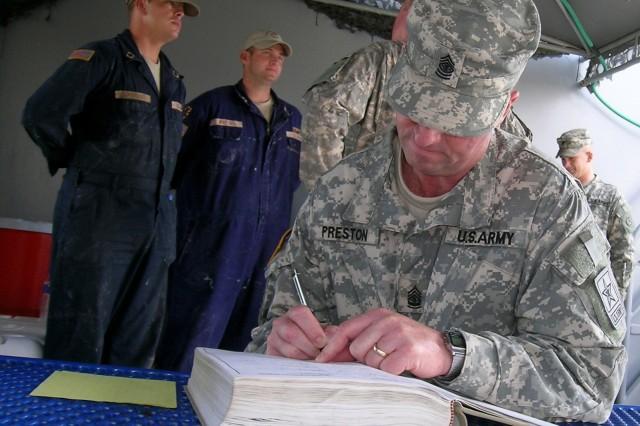 SMA Preston 'gets underway' with Soldiers in Kuwait