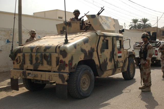 Iraqi Soldiers Begin Sweep in Northern Iraq