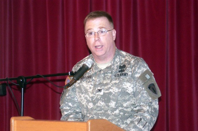 USAREUR Chaplain addresses K-town's Thanksgiving event