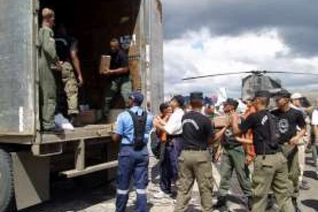 Humanitarian Assistance: 50 U.S. Troops Provide Aid to Panamanian Flood Victims