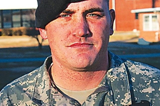 Fort Riley Soldier saves two civilians, earns Soldier's Medal