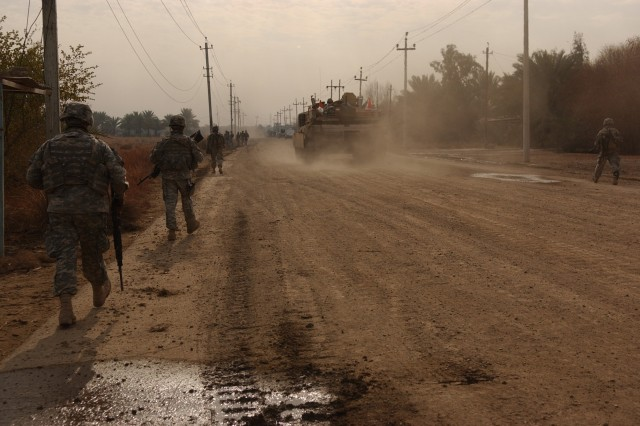 The combined forces leave Al Boetha after a successful operation.