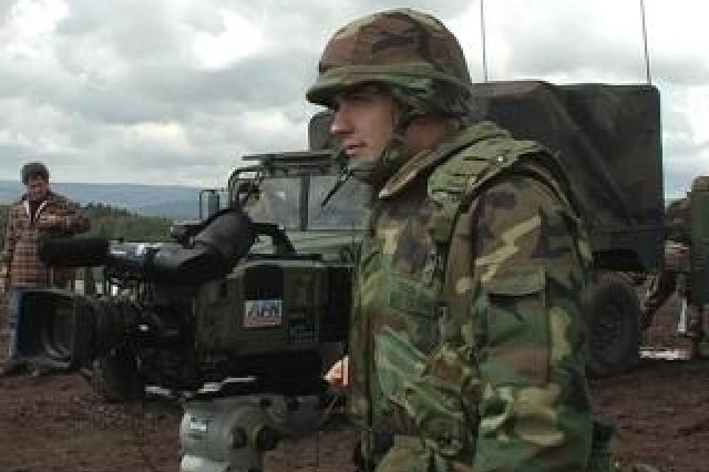 Army Broadcaster Saves Civilian's Life