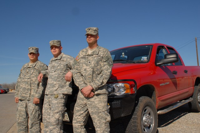Fort Sill Soldiers Aid Stranded Motorists During Ice Storm