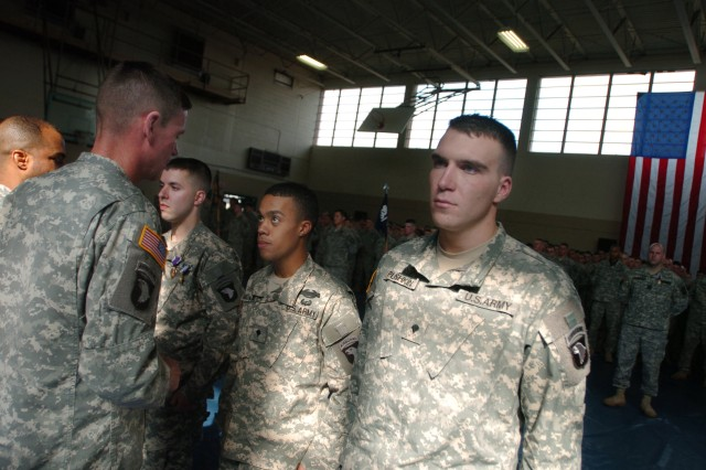 Three Soldiers in Fort Campbell Platoon Earn Silver Stars