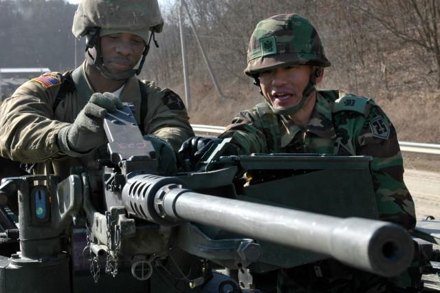 ROK, U.S. Conduct First Joint Gunnery Since Korean War