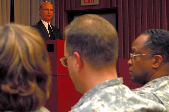 Acting Secretary of the Army Pete Geren addresses WRAMC staff.