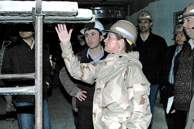 Iraqi Engineers Learn New Skills