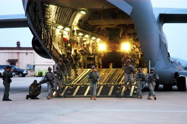 Stryker Platoon Offload