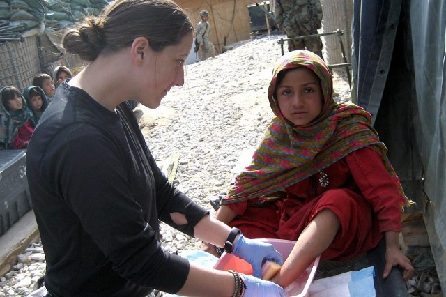 Female Medics Take Lessons of Forward Mission to Heart