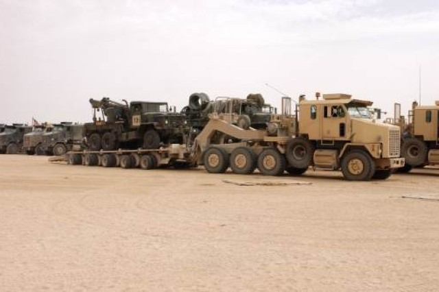 The HET mission is to transport, deploy, recover and evacuate combat-loaded main battle tanks and other heavy tracked and wheeled vehicles to and from the battlefield.