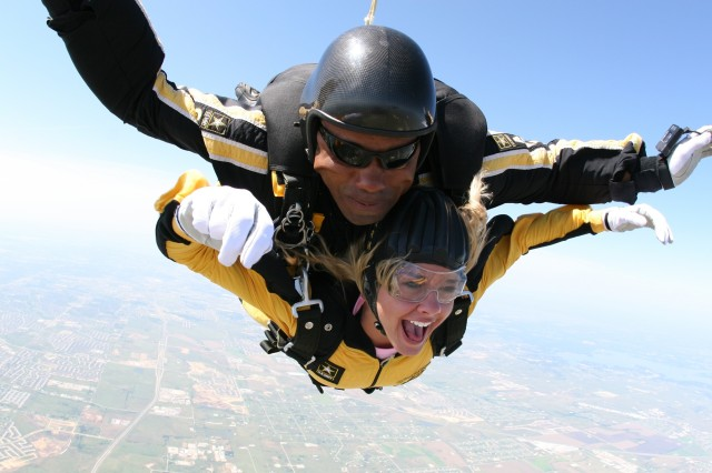 """The Golden Knights' Tandem Team jumped with the Dallas Cowboys football cheerleaders last week as part of the Country Music Television reality show, """"Dallas Cowboy Cheerleaders - Making the Team,"""" which premieres this fall."""