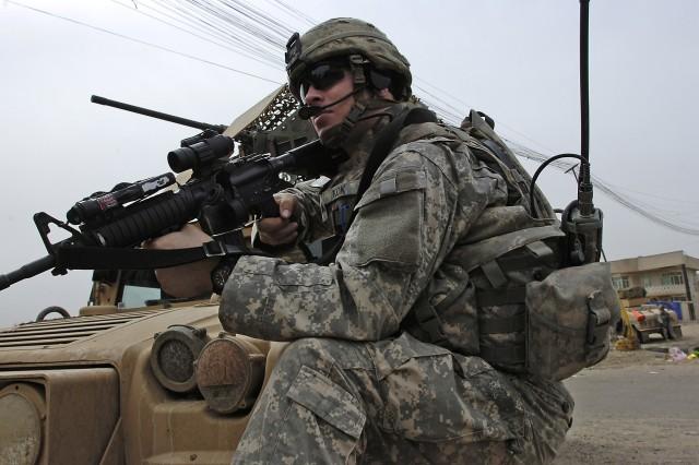 Sectarian Murders Down in Baghdad, Gen. Petraeus Says