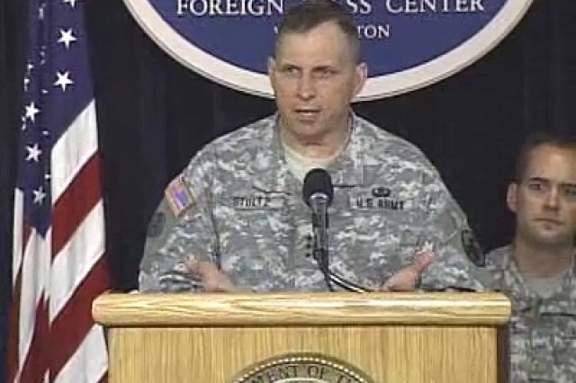 LTG Jack C. Stultz, commander of the U.S. Army Reserve, addressing reporters during a press conference at the Foreign Press Center in Washington, DC on June 22, 2007.