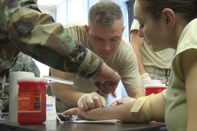 Saving Lives: Reservists Learn Combat Skills