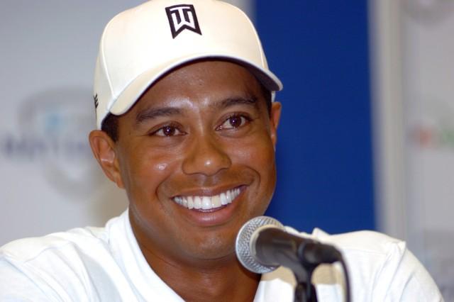Tiger Woods Honors Troops