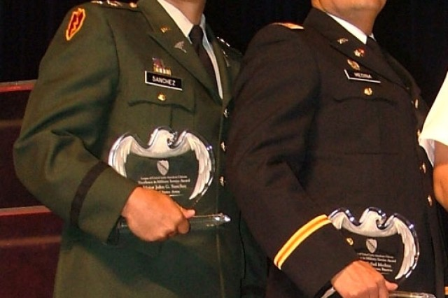 Soldiers Honored at Awards Breakfast