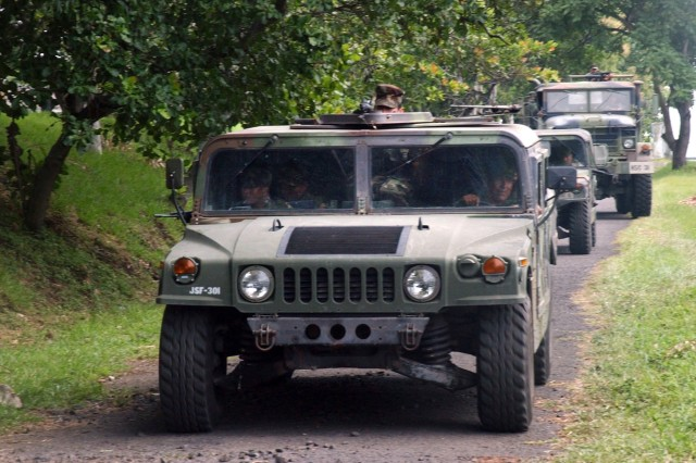 During a week-long, military-to-military training mission between members of the Salvadoran military and Joint Task Force Bravo, Salvadoran soldiers were provided driver training so they would be familiar with U.S. military equipment.