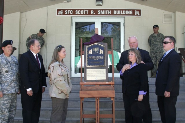 Community dedicates 'Smith Building' to honor fallen Picatinny Soldier
