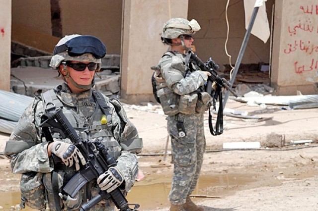 Women Medics Earn Respect in Combat