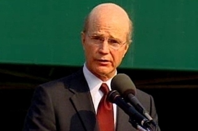 Secretary of the Army Pete Geren speaking during his arrival ceremony at Fort Myer, Virginia.  30 Aug. 2007.