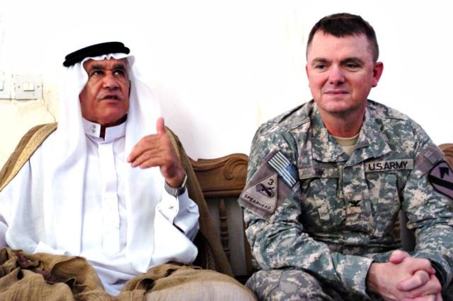 Abu Ghraib sheiks meet Ironhorse commander