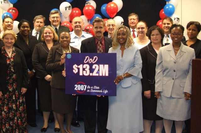 In the national capital area, the Department of Defense hopes to raise a record $13.2 million through the donations of DOD military and civilian employees in the national capital area 2007 Combined Federal Campaign.