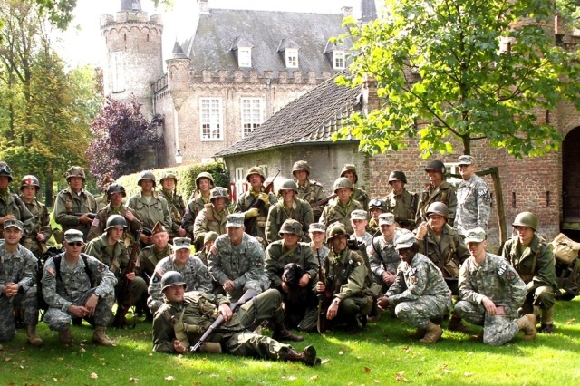 Benelux Soldiers Join Operation Market Garden Celebrations