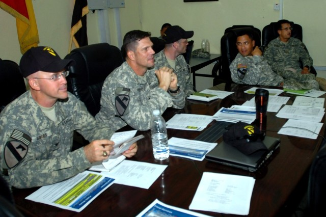 Soldiers Work with City of Austin to Foster Growth of Local Iraqi Governments