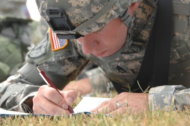 Competitor Staff Sgt. Brian Yoder negotiates the Urban Warfare Orienteering Course during the 2007 Noncommissioned Officer/Soldier of the Year competition Oct. 3 at Fort Lee, Va.