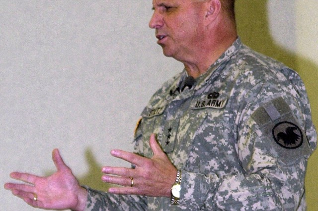 Army Reserve Chief Discusses Priorities for Today's Reservists During Heidelberg Town Hall
