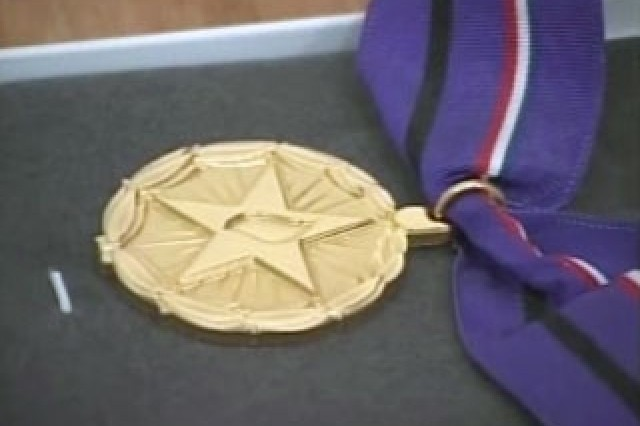 Gold Medal of Remembrance