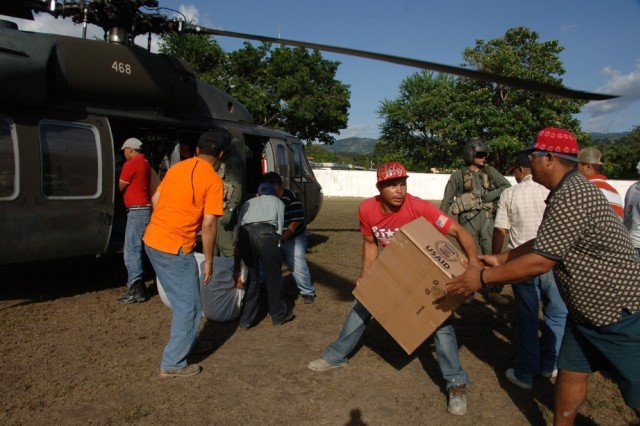 USSOUTHCOM Deploys Additional UH-60s to Aid Noel Victims