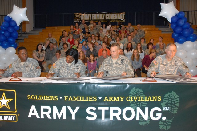 Fort Jackson leaders sign Army Family Covenant