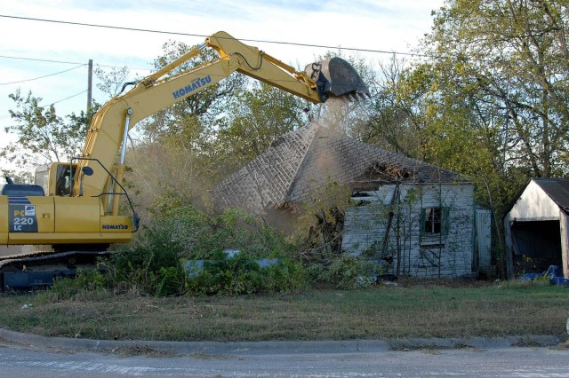 Texas Guard Demolishes Crack Houses