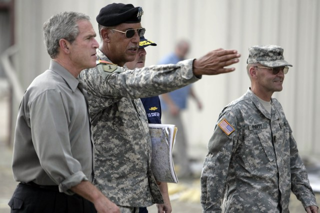 Lt. Gen. Russell L. HonorAfA shows President George W. Bush around New Orleans after Hurricane Katrina.