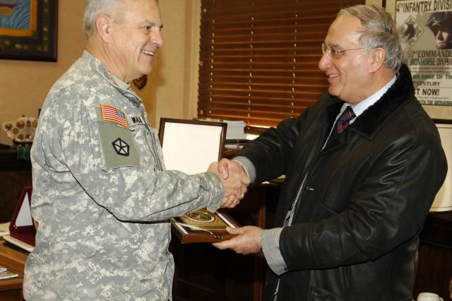 TRADOC CG welcomes Iraqi MOD