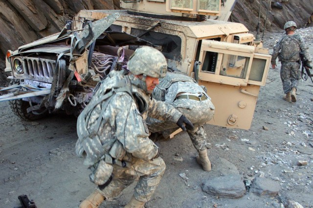 U.S. Army Europe Soldiers Make Quick Work of Recovering Vehicle Attacked by Bomb in Afghanistan