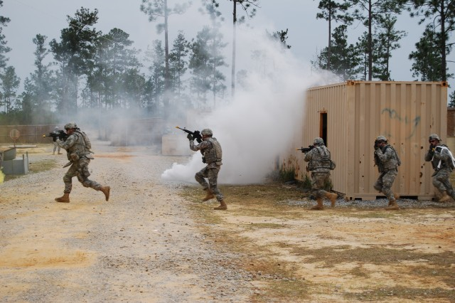 39th IBCT Soldiers Train at Camp Shelby