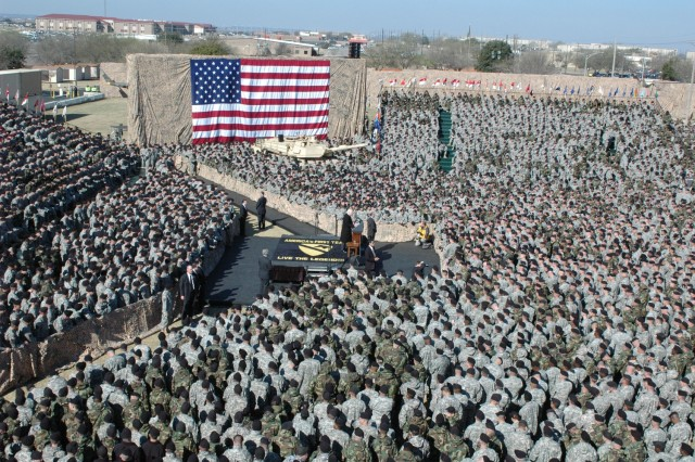 Vice President Richard Cheney talks to a sea of Soldiers at a rally on the 1st Cavalry Division's parade field on Fort Hood, Texas, Feb. 26. Approximately 9,000 Soldiers attended the event.