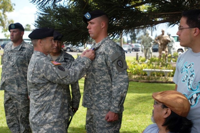 Schofield Soldier Receives Medal for Act of Heroism