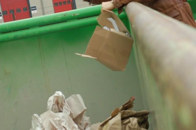 Schinnen Sort Center Helps Customers Recycle, Save Money