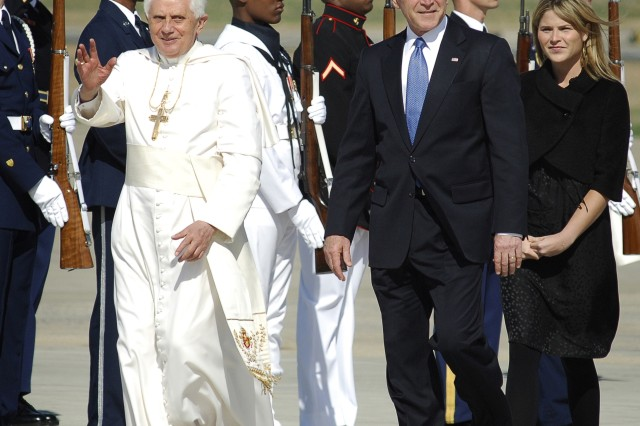 The Pontiff Arrives in U.S.