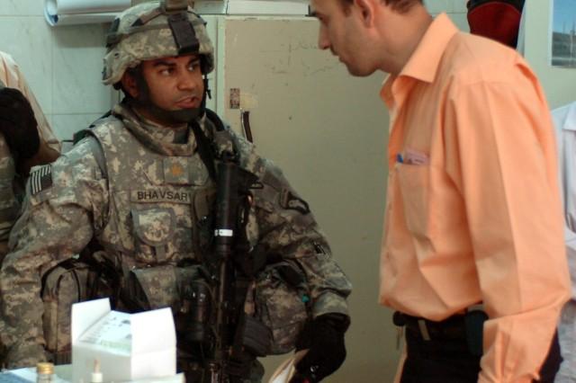 MND-B Troops Seek to Help Clinics in Baghdad