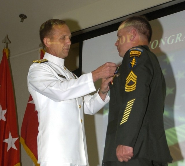 Special Forces Soldier Awarded Second Highest Medal For Combat