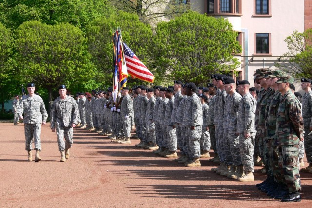 McKiernan says farewell to U.S. Army Europe as he heads to Afghanistan to command international force
