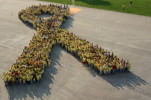 Ansbach Sets Largest Yellow Ribbon Formation Record